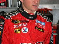 Kahne fastest in Daytona rain shortened session