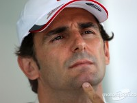 McLaren denies De la Rosa return to the team