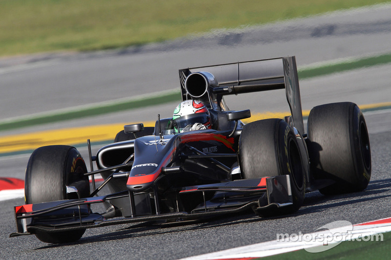 HRT announce Liuzzi and Friday debut for F111