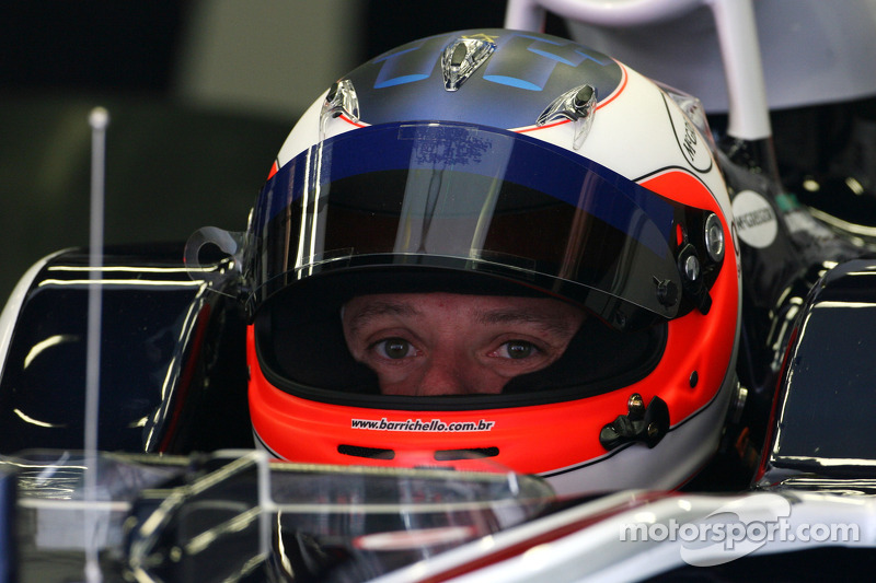 Barrichello impressed by Lotus while Virgin 'slow'