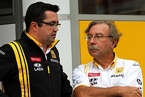 Formula 1 Renault Team Could Lose Renault Power In 2012 - Report