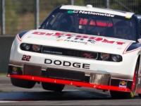 Villeneuve grabs home pole in Montreal