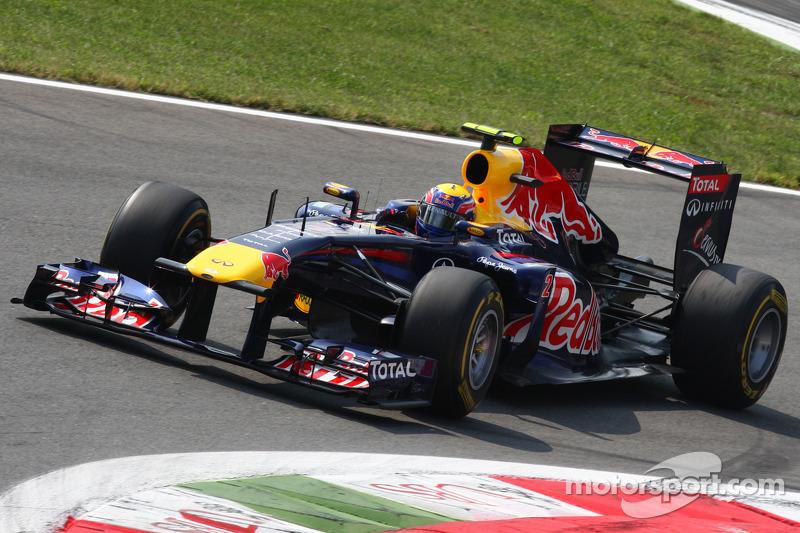 Webber denies giving up on 2012 championship