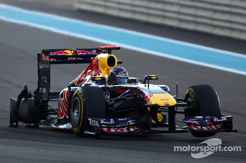 Report - Blown exhaust caused Vettel puncture
