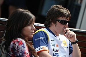 Formula 1 Alonso announces split with singer wife