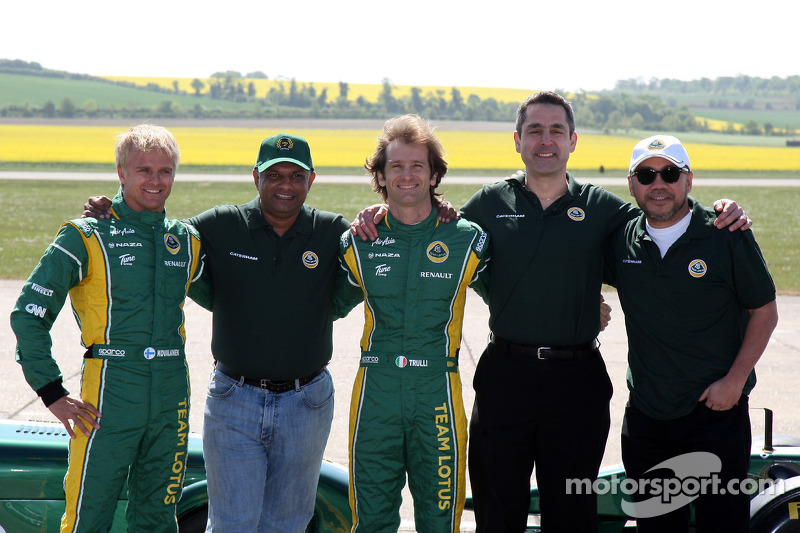 Caterham to be first to launch 2012 car - report