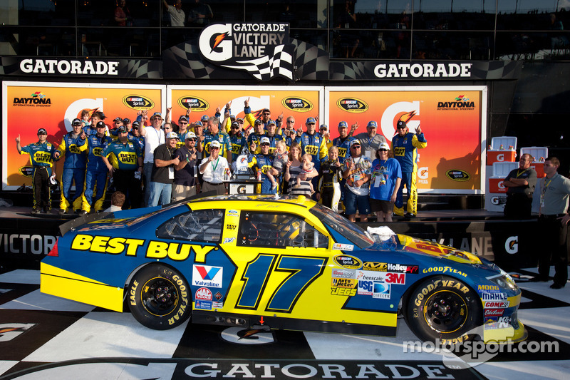 RFR's Kenseth wins Daytona Duel 2 race