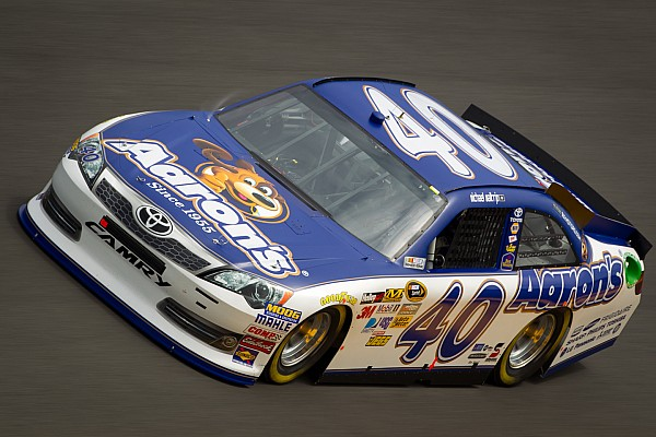 Michael Waltrip Racing, Toyota extend partnership