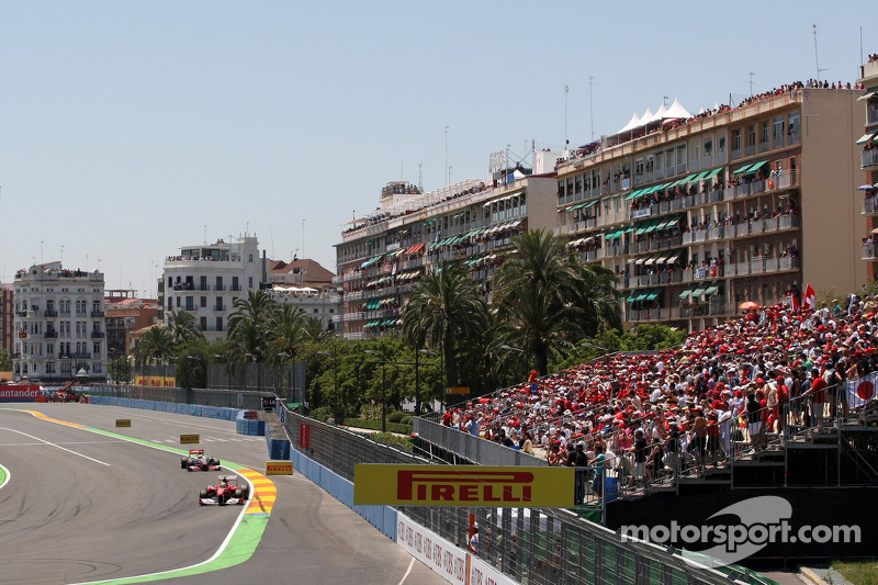Valencia slashes seats at loss-making F1 race
