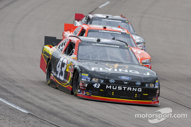 Dover's one mile track fits Annett's driving style