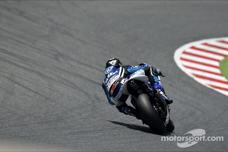 Scorching start in Catalunya for Yamaha
