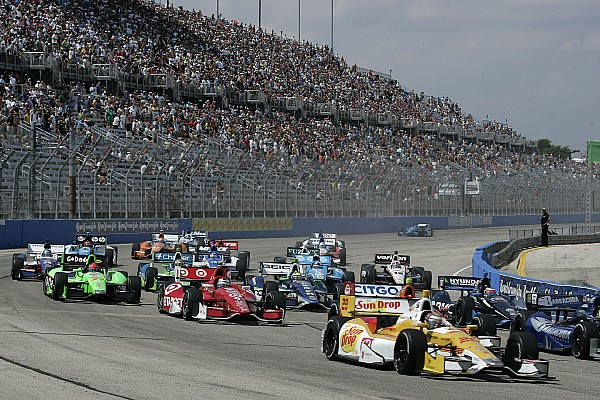 Indy Car admits error in Dixon penalty