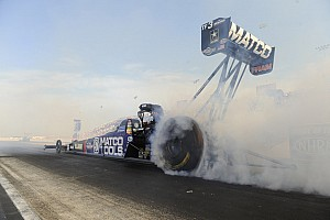Antron Brown falls to teammate at Norwalk