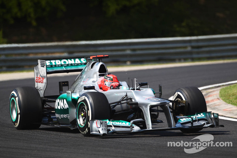 Second qualifying proves tough for Mercedes at Hungaroring