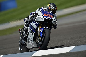 Lorenzo flies to Indianapolis front row