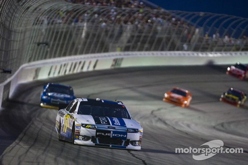 Kenseth best Ford on a bad night in Atlanta