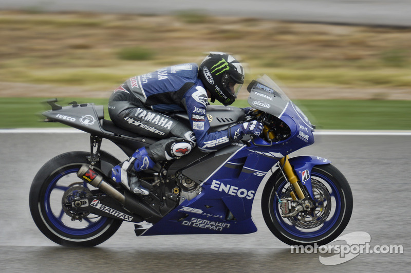 Spies tops Aragon Free Practice washout