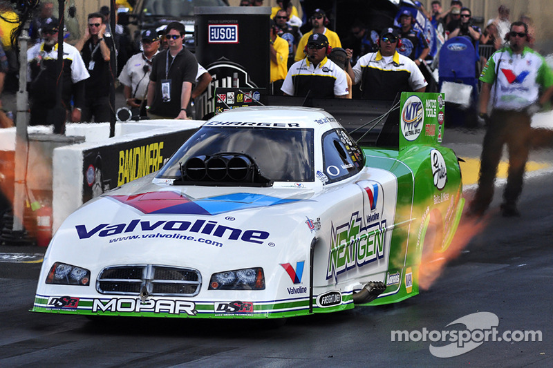 Beckman posts third 3-second Funny Car run ever for Reading provisional pole
