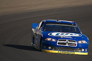 NASCAR Sprint Cup Race report Dodge's Keselowski takes points lead with sixth place finish in Phoenix 500