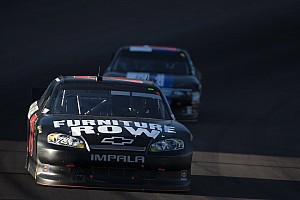 Kurt Busch posts 8th-place result in wild finish to Phoenix 500