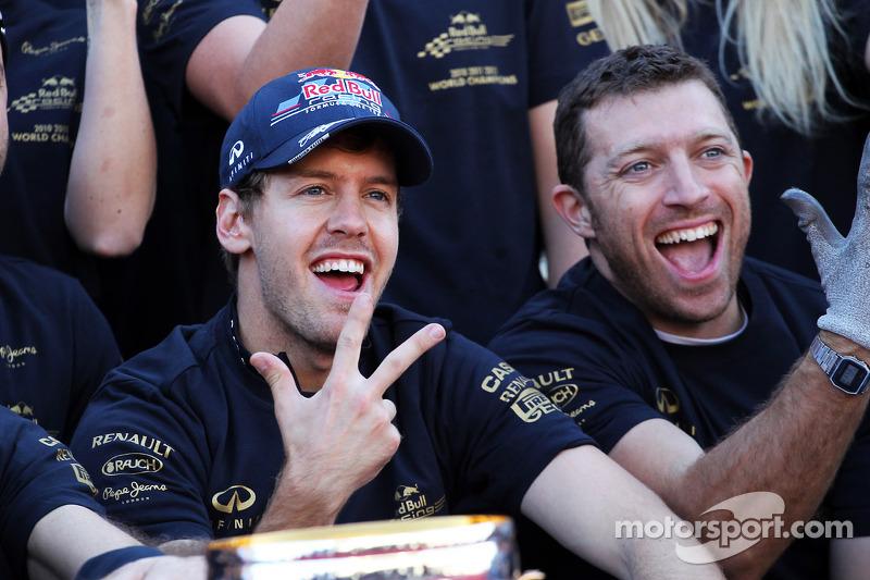 Vettel lacks 'charisma' - Ecclestone