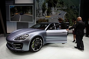 Automotive Breaking news Porsche Panamera GTS is the 'Auto Bild Sportscar' of the year
