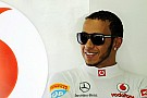 Hamilton wants to help Mercedes become top team
