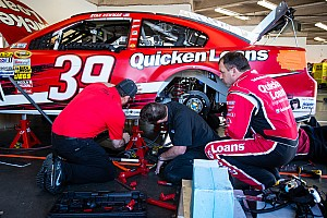 NASCAR Sprint Cup Practice report Earnhardt Jr. and Newman comment on Wednesday Duel practice