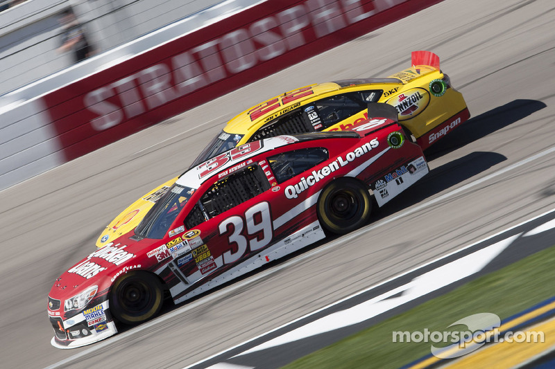 Newman misses shift, loses engine at Las Vegas