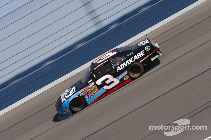 Austin Dillon earns a top-five finish in Fontana 300