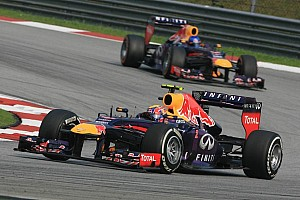 Formula 1 Breaking news Webber low on fuel during Vettel attack - report