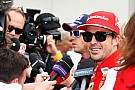 Photographer says Alonso smashed EUR 6,000 camera