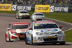 BTCC Preview MG aim for fight back at Oulton Park