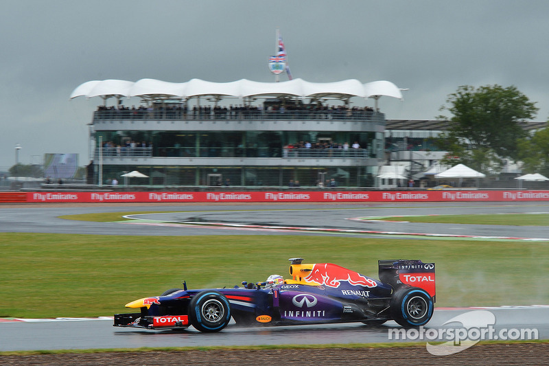 Red Bull's Webber made the second best time on Friday practice at Silverstone