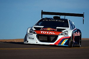Hillclimb Race report Sébastien Loeb and the Peugeot 208 T16 Pikes Peak set new record!