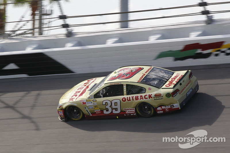 Newman gets bloomin' good finish at Daytona