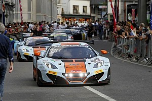 Endurance Breaking news Spectacular parade launches the entries for 24 hour race in Belgium