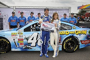 NASCAR Sprint Cup Qualifying report Johnson betters practice laps for pole at Pocono