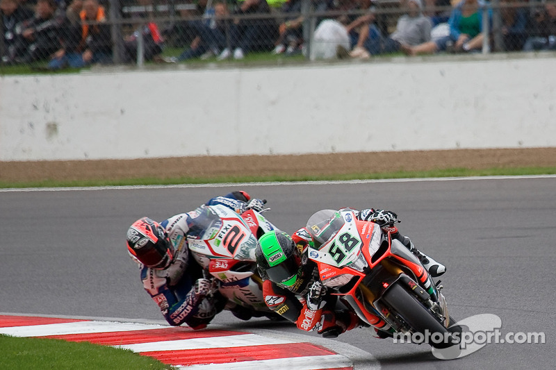 Eugene Laverty does it better in Race 1 at Turkey