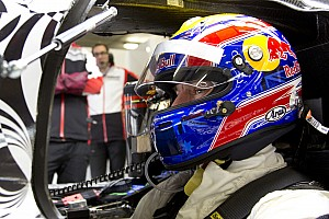 Webber tests Porsche's Le Mans car