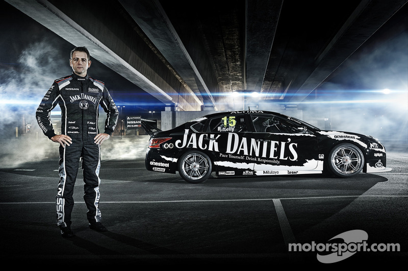 Alex Buncombe to test Nissan Altima V8 Supercar at Sydney Motorsport Park