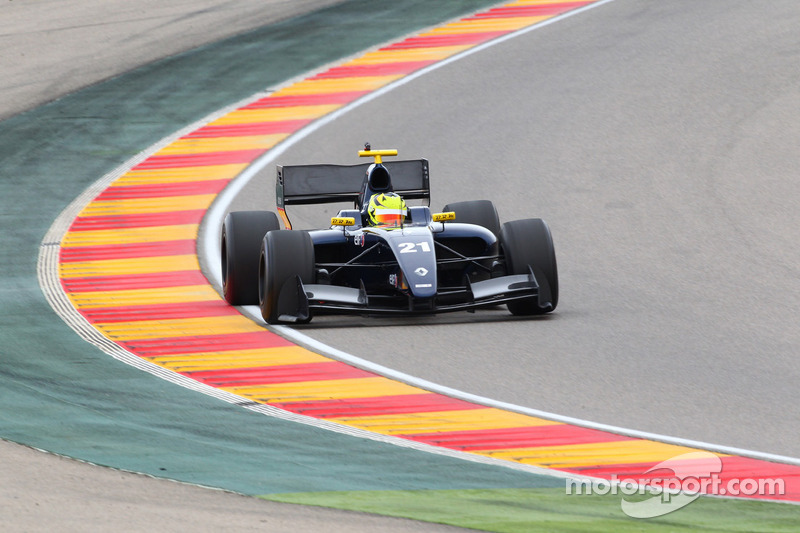Top ten effort for Zeta Corse at Motorland