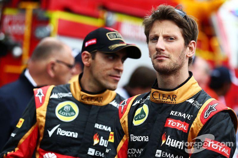 Lotus needs more staff - Grosjean