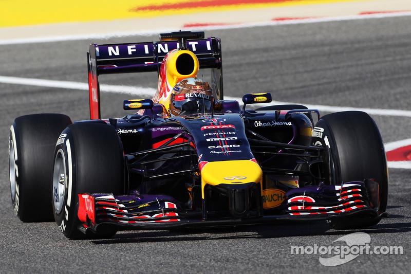 Marko suspects 'crack' in Vettel's car