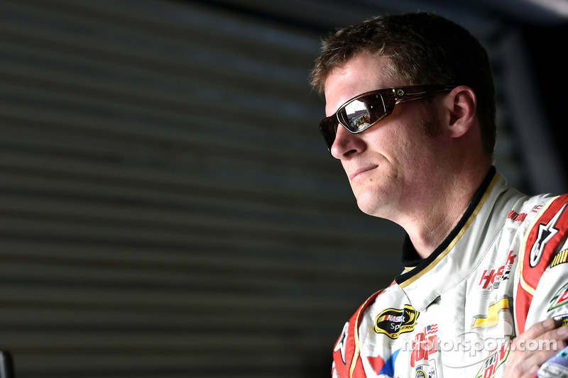 Dale Earnhardt Jr. gets his groove back