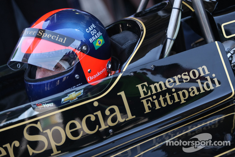 Emerson Fittipaldi and Nigel Mansell complete line-up for Silverstone's parades