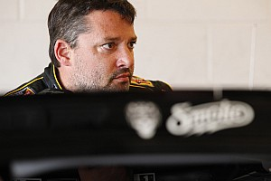 NASCAR Sprint Cup Preview Tony Stewart hopes good luck continues at Daytona