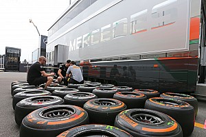 Hamilton on pole using P Zero White Medium tyres: speeds in excess of 350kph