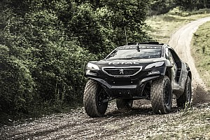 Peugeot tests 2008 DKR in France