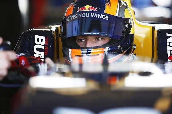 Alex Lynn confirmed as Williams development driver